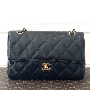 Chanel Black Calf Medium Single Flap GHW Bag